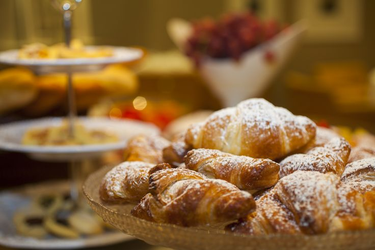 Food for thought...first thing in the morning! Breakfast at #starhotels #michelangelo #firenze #florence