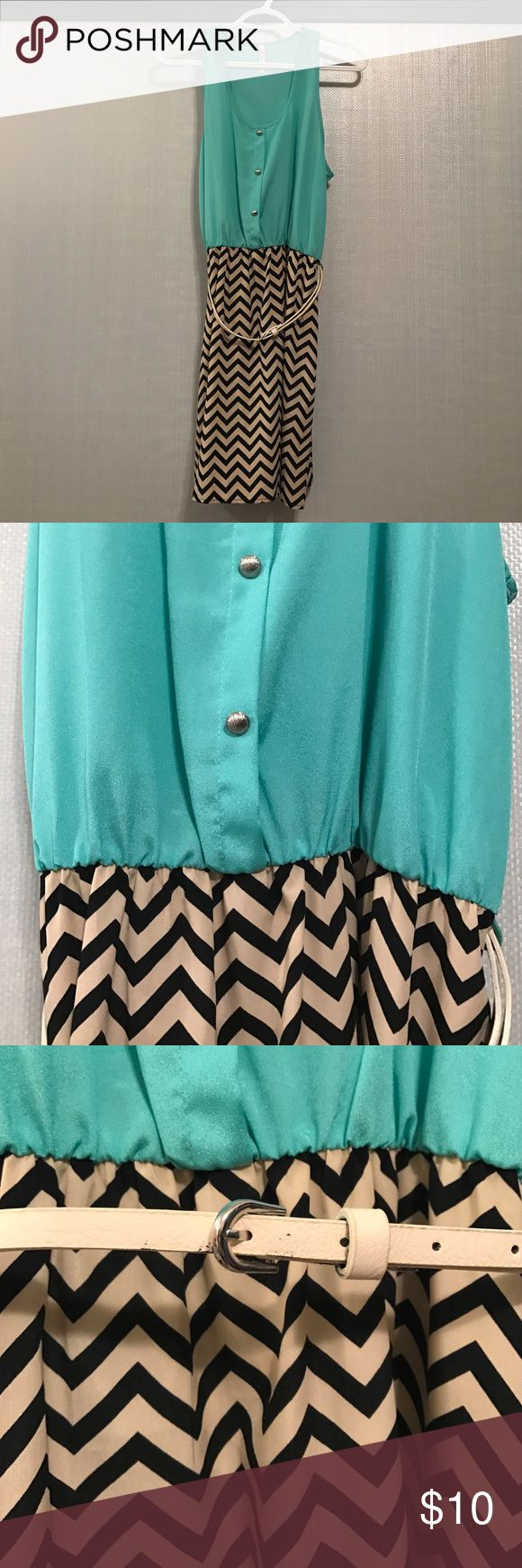 Women's chevron print dress Chevron printed dress in great condition! Dress comes with white belt pictures. Brand is Millibon and size is Medium. Millibon Dresses