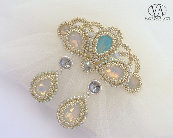 Wedding set (wedding earrings, bridal hair comb)