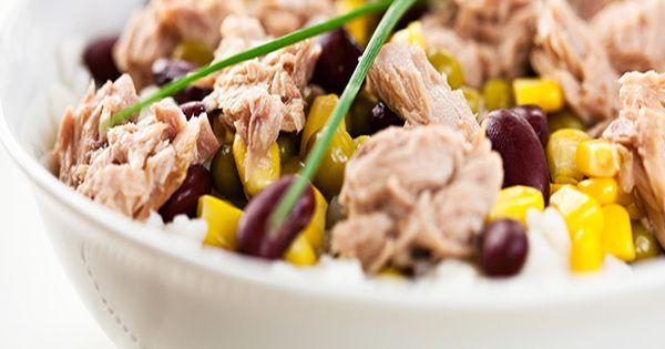 Ob zum Grillen oder als Mittagssnack - dieser Thunfischsalat lässt sich super vorbereiten und schmeckt umso besser, je länger er durchzieht.