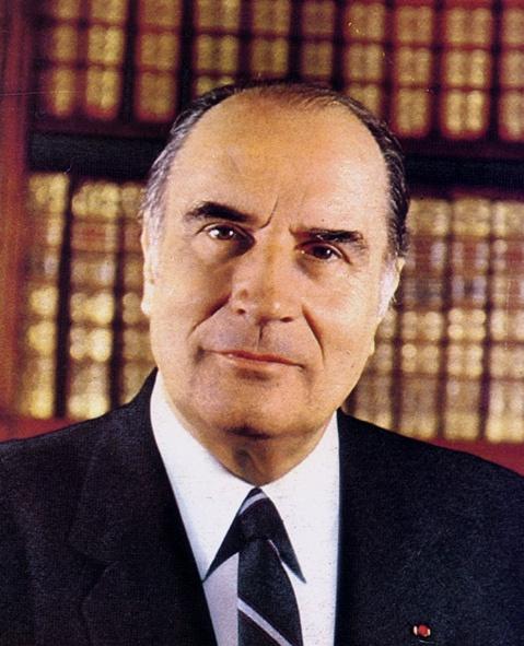 Mitterrand_4_2.jpg (143715 octets)