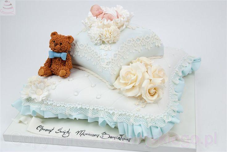 tort poduszka na chrzest, tort w kształcie poduszki, tort z misiem, chrzest, chrzciny http://rogwojskiego.pl