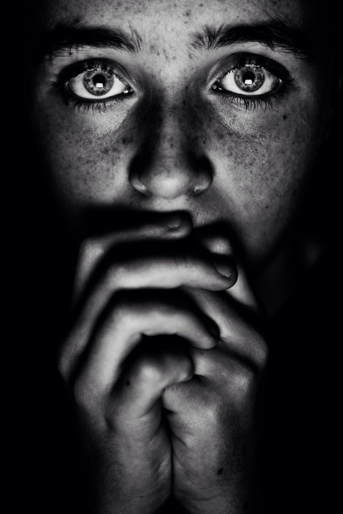 Low, Nikon D7100, portrait, black, white, eyes, girl,