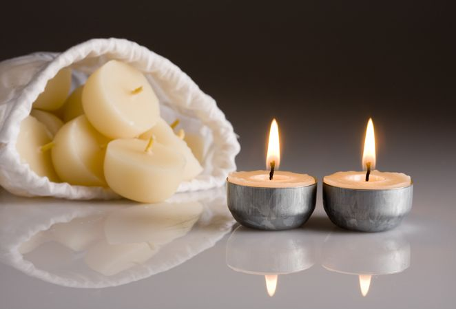 Beeswax Tealight Candles - Northern Light Candle Company