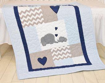 Edredón del bebé elefante azul gris cuna ropa por Customquiltsbyeva