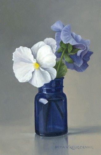 "Pita Vreugdenhil (Dutch, b. 1945) - ""Stilleven met wit viooltje in blauw flesje"" (Still life with white pansy in blue bottle) - Oil on panel"