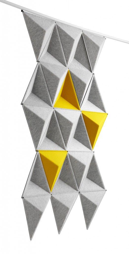Aircone ist ein schallzerstreuender, hängender Raumteiler, beispielsweise zum Abschirmen eines offenen Raums. In Kombination mit absorbierenden Produkten wird eine hervorragende Akustik erreicht. Die dreieckigen Module sind aus formgepresstem Polyesterfilz gefertigt. Die Module werden mit Hilfe von Verbindungsstücken zu verschiedenen Mustern zusammengesetzt. Befestigung an der Decke oder Wand mit Hilfe einer weiß oder silber anodisierten Aluminiumschiene.