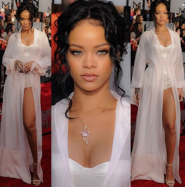 Rihanna | 2014 MTV Movie Awards....she's flawless