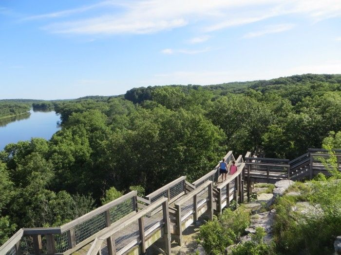 8. Castle Rock State Park - 11 Incredible Hikes Under 5 Miles Everyone in Illinois Should Take