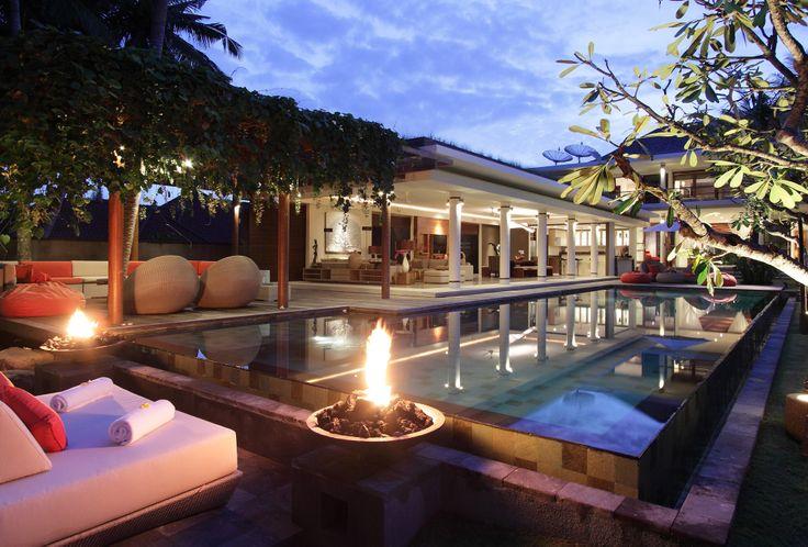 Villa Dewi Sri by night
