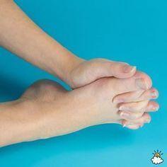 Упражнение, которое нужно выполнять каждый день! Оно вернет молодость вашим ногам |