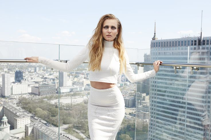 Larve' by Papillon- top with turtleneck + tube skirt #papillonatelier #fashion #totallook #details #gold