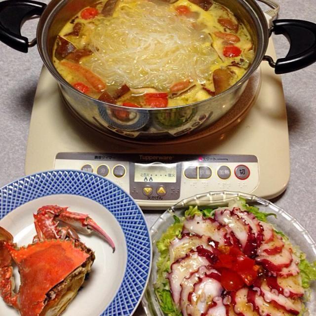 カゴメさんの「やさいポタージュ鍋」のスープを使って ポタージュ鍋を作りました。 それと、渡り蟹のボイル。 タコのカルパッチョ です。 - 18件のもぐもぐ - ポタージュ鍋(≧∇≦)カゴメさん、ありがとう! by orieueki