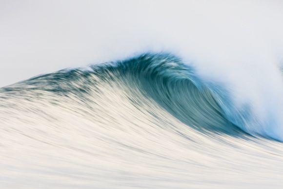 Sunday, 08:08pm: Motion - Box of Light - Surf + Lifestyle + Mountains