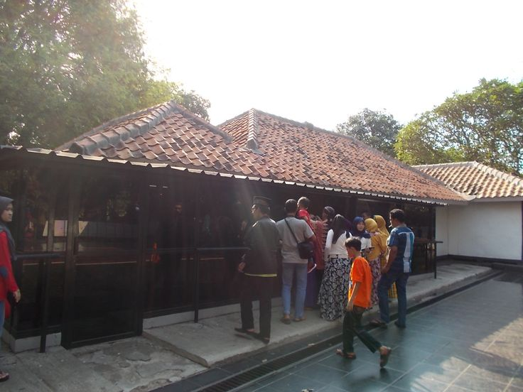 This house was used by PKI to torture some army high officers in 30th September Movement, September 30th, 1965.