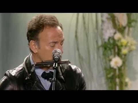 Bruce Springsteen & Little Steven - We Shall Overcome (Memorial Concert 22.7.12 - Oslo, Norway)