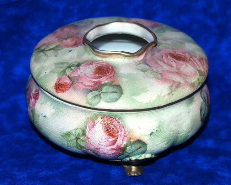 rare vintage royal bayreuth marked porcelain rose tapestry hair receiver royalbayreuth royal. Black Bedroom Furniture Sets. Home Design Ideas