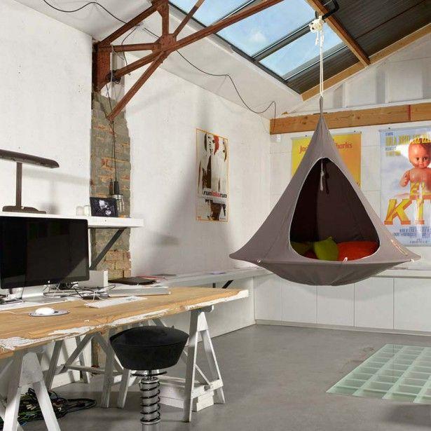 Cacoon di hang-in-out: un po' amaca e un po' tenda