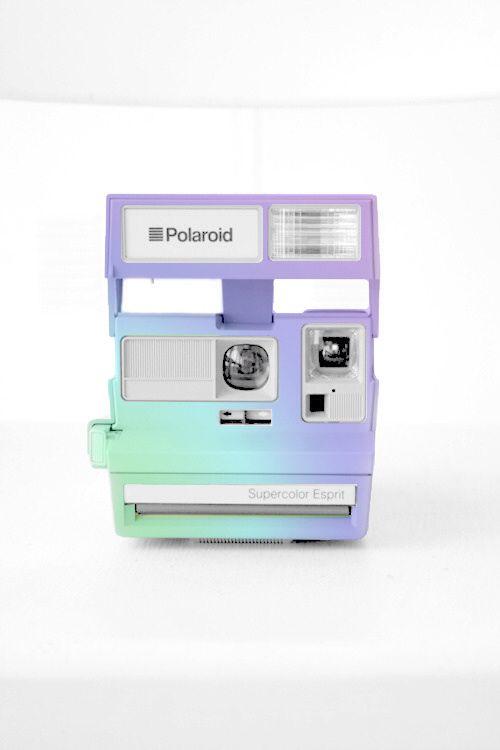 Gradient Polaroid Camera //