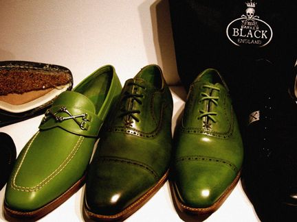 leopard-lenix: Barker Black green oxfords I'd like to see these paired
