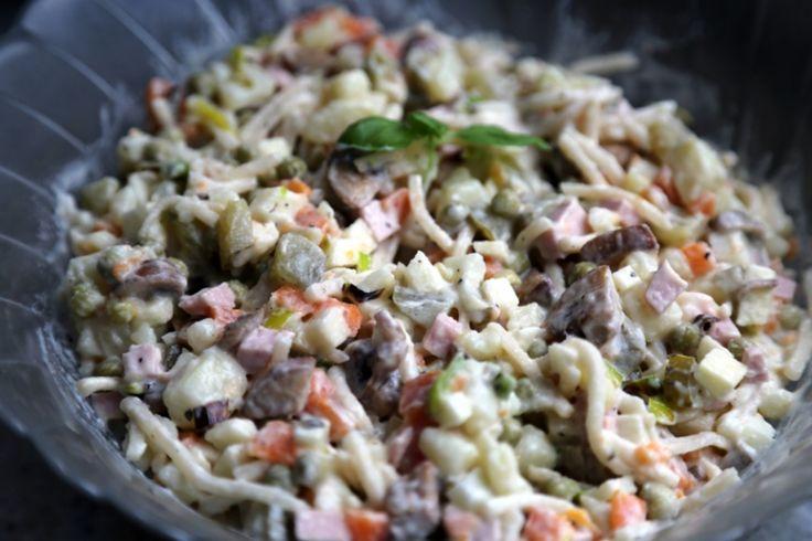 Russischer Salat mit Sellerie Russkij salat - русский салат - Russische Rezepte