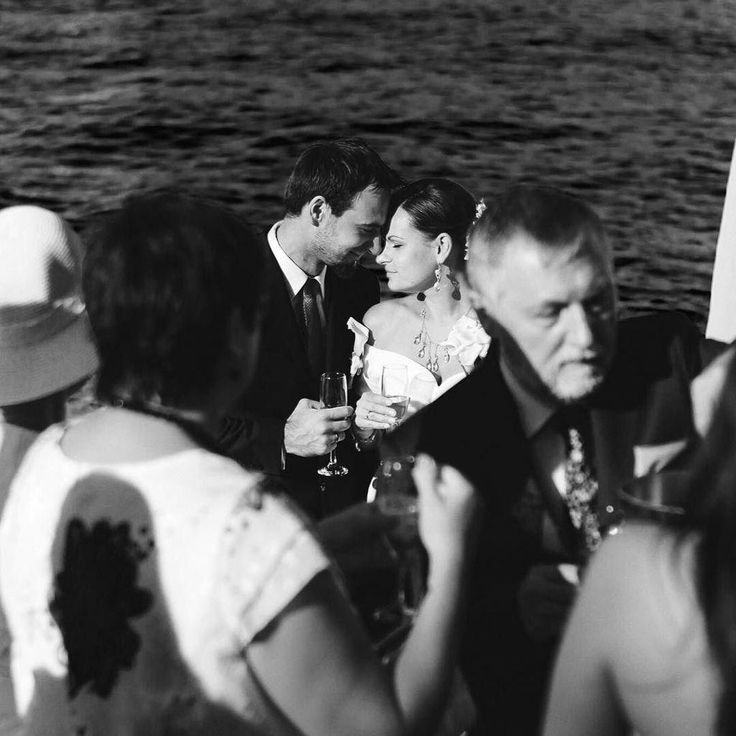"""JollyDay.it on Twitter: """"When the #weddingceremony finished the couple found a moment for themselves for one piece … http://t.co/EIKCjOYsb3 http://t.co/TzhxUashh5"""""""