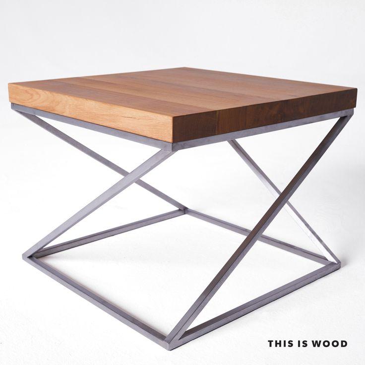 stolik kawowy z litego drewna dębowego na nogach ze stali nierdzewnej szczotkowanej