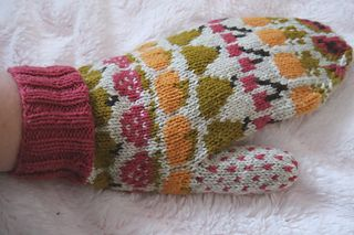 Fruit Mitts by Emma Kerian - free