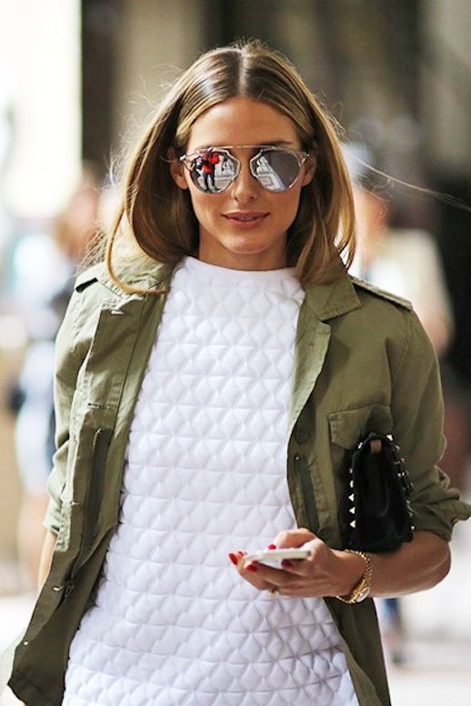 Olivia's style is always on point! So on trend in this khaki army jacket!