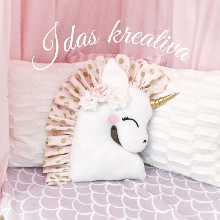 ✨NEW✨ Unicorn head pillow coming soon in the webshop  . . . #idaskreativa #enhörning #kudde #docka #barnkudde #barnrum #kuddar…
