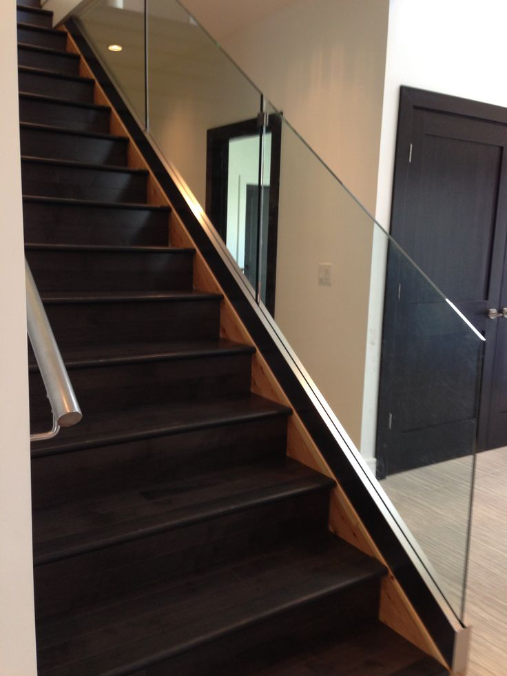 1000 images about glass staircase railings on pinterest glasses perception and staircases. Black Bedroom Furniture Sets. Home Design Ideas