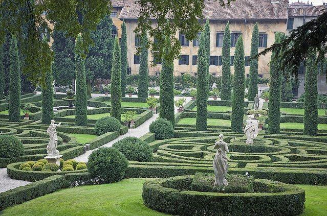 labirinto valsanzibio   Aprile AEOPC Padova