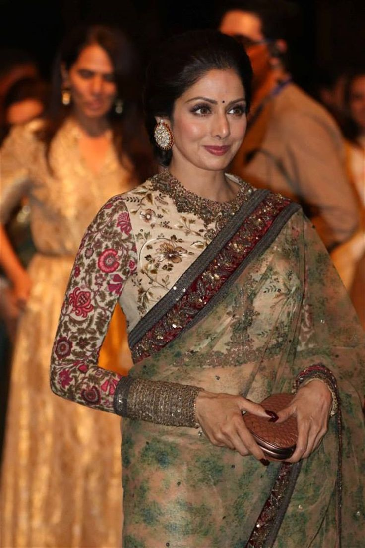 A stunning look from Sri Devi for Sabyasachi | Lakme Fashion Week 2015 - Indian fashion - LFW - fulle sleeve saree blouse - Indian designer - Indian couture #thecrimsonbride