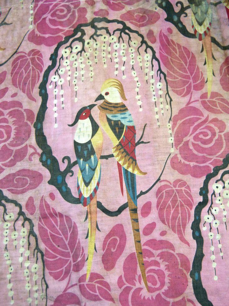tissu art deco ann es 1920 motif roses et oiseaux. Black Bedroom Furniture Sets. Home Design Ideas