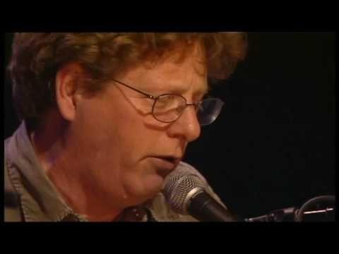Hey Joe (bluegrass version) - Tim O'Brien  (Tim O'Brien vocals & mandolin; Jerry Douglas, dobro; John Doyle, guitar; Todd Parks, bass; live at Celtic Connections, 2009, Glasgow, Scotland)