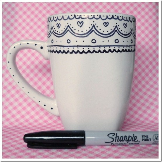 Coffee mug + Sharpie. I ♥ the lace pattern!   Various homemade presents ideas!!! [http://www.the36thavenue.com/25-handmade-gifts-part-3/]