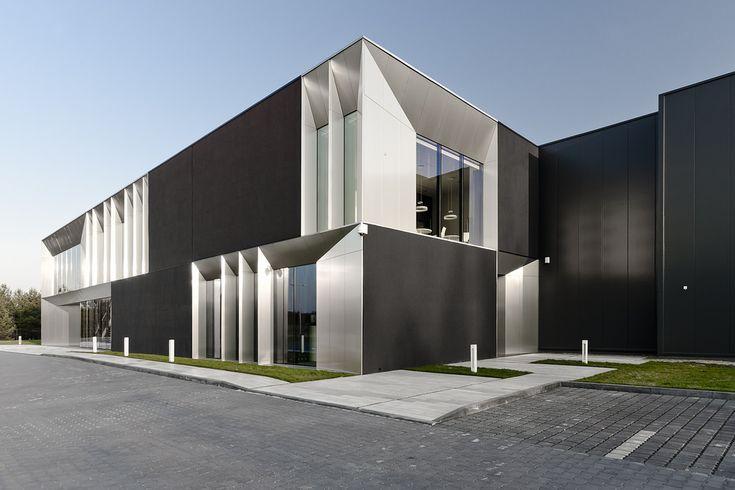 https://flic.kr/p/s5Jq4V | Nova | Place: Poland, Jaworzno Type: Office Built: 2014 Architect: Pracownia 111 - Miłosz Stopiński, Tomasz Miąskiewicz Investor: Nova Trading Space: 700m2