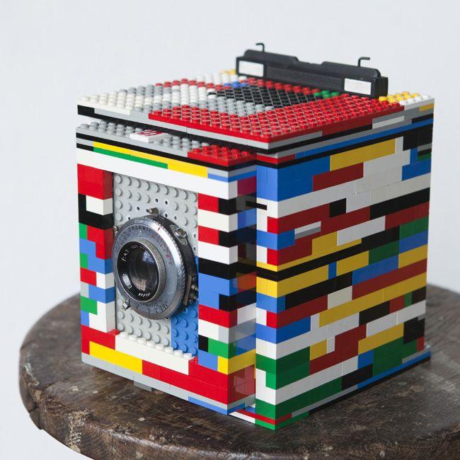 Legotron, Mark I — 4×5 Camera made of LEGO bricks