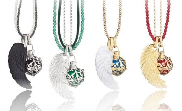 Engelsrufer is Jewellery with Meaning.  Each Soundball has a unique ring to call your guardian angel with a specific colour to set their task. Don't forget to include a wing because what is an Angel without its wings?