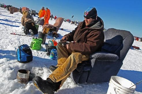 20 best ice fishing winter sports show images on for Ice fishing show