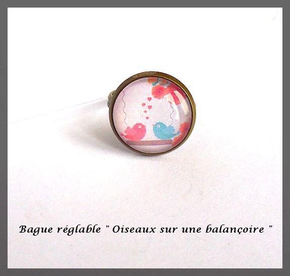 """Bague ajustable bronze avec cabochon verre """"Oiseaux sur une balançoire"""" amour cœur fleurs rouge bleu : Bague par lapetiteboutiquepourlescreatifs"""