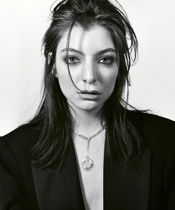 models daily @supermodeldaiIy  Jun 1  More   Lorde by Mark Seliger, ELLE, June 2017.