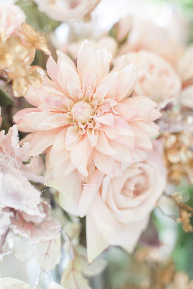 Preferenza Oltre 25 fantastiche idee su Centrotavola di fiori finti su  JV17