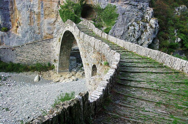 TRAVEL'IN GREECE | Zagori, #Epirus,  #Greece, #travelingreece