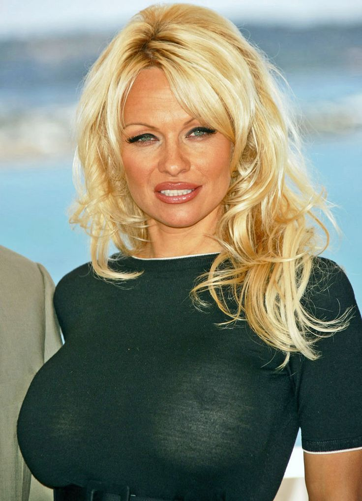 Pamela Anderson Bra Size and Body Measurements | Pam | Pam ...