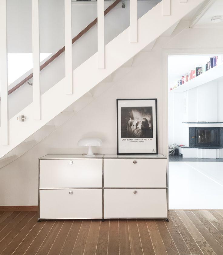 Usm haller modular furniture & space age vintage Artemide lamp