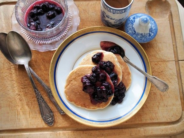Lavender and Lovage | 5:2 Diet Fast Day: Pancakes for Breakfast – Blueberry and Oat Pancakes with Cinnamon Recipe | http://www.lavenderandlovage.com