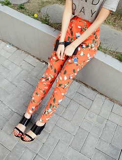 Pants Fashion, Prints Pants, Fashion Models, Clothing, Fancy Pants, Design Wear, Design Fashion, Bright Pants, Crazy Pants