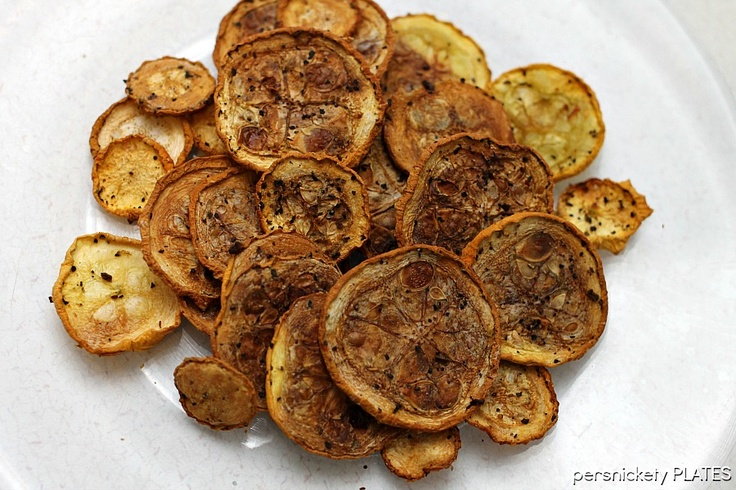 Persnickety Plates: Squash Chips  Lower temp, longer cooking time=better chips!