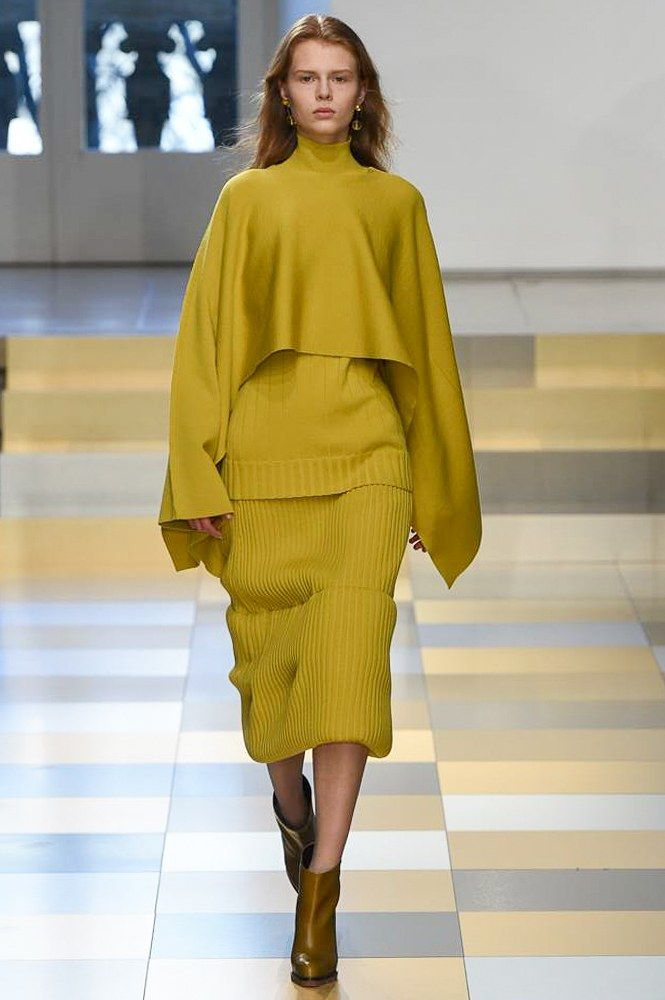Jil Sander Fall 2017 Ready to Wear Collection Photos Vogue